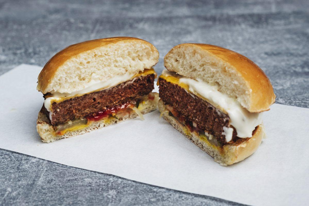 phil s burger add plant based beyond burger to menu totally stockholm